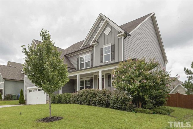 beautiful curb appeal at 345 rhoda lilley drive in fuquay varina