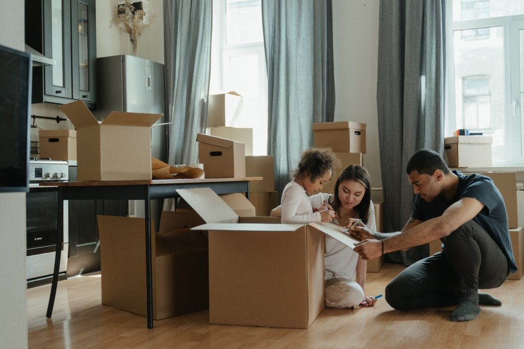 A family prepares to move.
